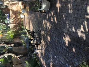 Beautiful fully furnished fully equipped self-catering luxury townhouse to rent short or long term
