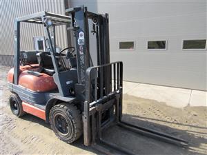 52-6FGU30 Forklift