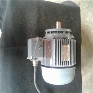 FEMET 0.55kw 3Phase Electic Motor