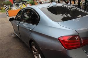 Stripping this vehicle  BMW F30 MANUAL 2012