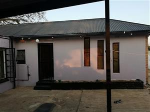 FLATLET TO RENT IN GEORGINIA ,ROODEPOORT