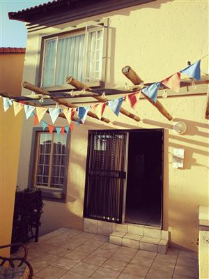 Villa Style Townhouse to rent in La Montagne