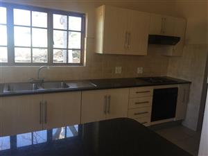 Secure 2 bedroom house Hartbeespoort