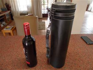 WINE CARRIER BAG WITH CORK REPLACEMENT AND COLLAR DRIP RING