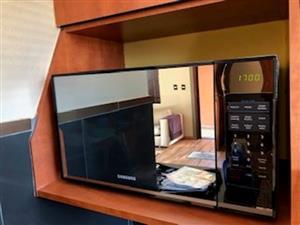 Samsung Microwave as new