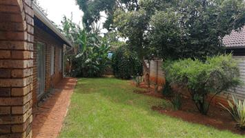 House 3 bed 2 bath fully furnished (and  amendable  to your needs-corporate/contractor/holiday home)