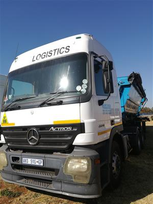 ACTROS WITH TRAILER 2006