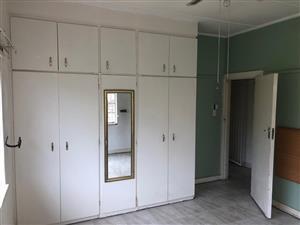 Specious room to rent next to DUT