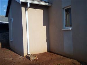 3 bedroom house to rent in Rosslyn