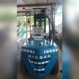 Nissan 3.5ton diesel forklift for sale