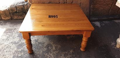 Oregon Pine Coffee Table (995x995x475)