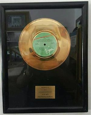 Golden 7s record Award Presented to UB40