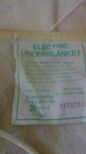 Electric underblanket for dubble bed