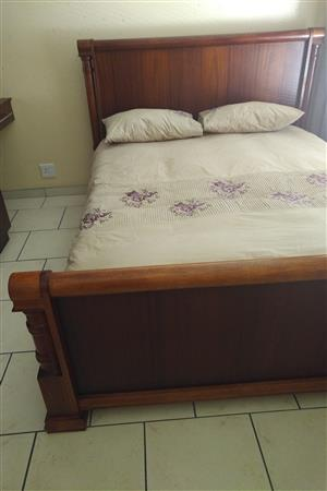Sleigh Bed Queen Size (152cm) - Colony Berry