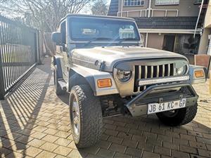 2004 Jeep Sahara