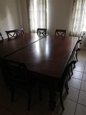 lounge suite, dinning room table& 6:5chairs