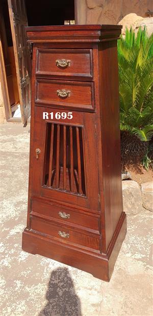 Classique Bali Tower Cabinet (645x465x1400)