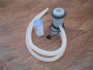 Portable swimming pool pump