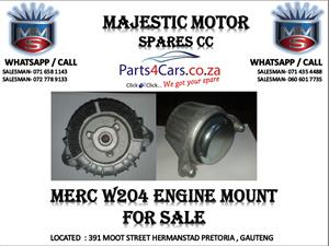 Mercedes benz w204 engine mounting for sale