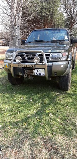 2001 Nissan Patrol 4.8 GRX