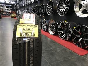 "15"" inch tyres tire 195/65/15 Roadstone brand new"