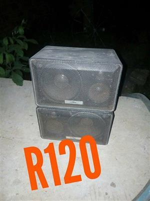 2 Mini speakers for sale
