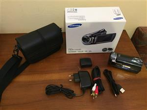Samsung HMX-H440 Video Camera