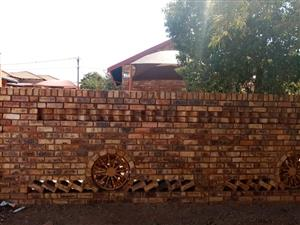 3 BEDROOMS HOUSE FOR SALE IN ODINBURG GARDENS MABOPANE CALL SOPHY