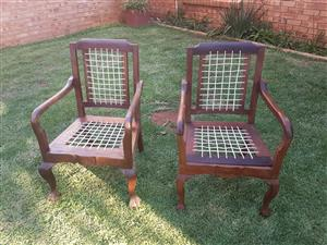Riempie chairs