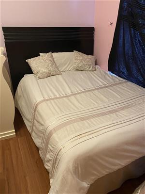 Double mattress, base& head board