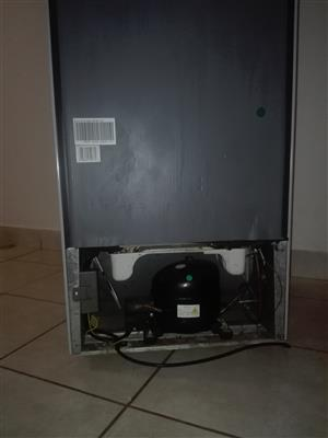 Hisense Top Freezer fridge for Sale