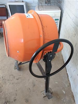 Concrete mixer Mac Africa
