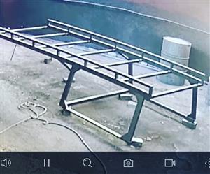 Contractors bakkie roof racks installed