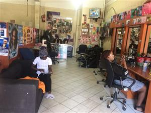 HAIR SALON MIRROR/CHAIR AVAILABLE FOR RENTING