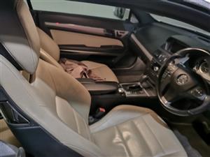 2009 Mercedes Benz E-Class coupe E 300 COUPE
