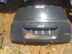 Jeep Patriot Tail Gate