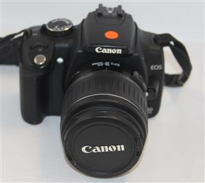 Canon digital camera with charger and memory card S030972A #Rosettenvillepawnshop