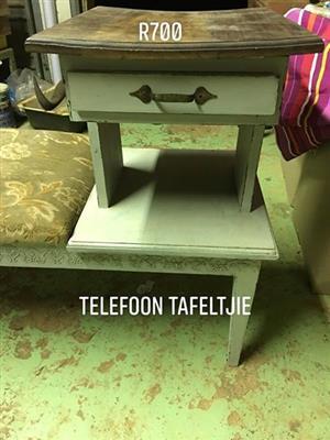 Telefoon tafeltjie
