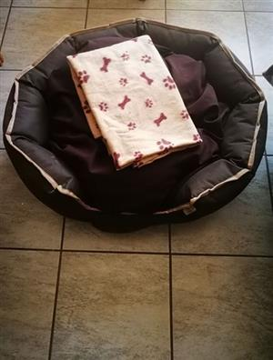 Brand new Doggy bed + Blanket