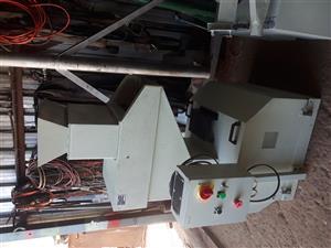 Milling Machine Turret and Granulator Machine for Plastic For Sale