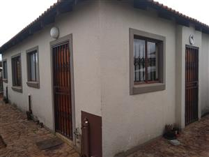 Nicest small 3 bedroom little Townhouse in Theresapark