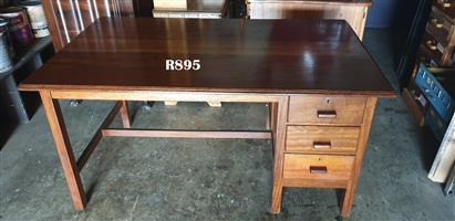 Teak Desk with 3 Drawers (1500x900x770)