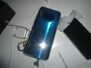 R4500 selling Huawei MATE P30 PRO