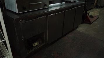 3 1/2 DOOR UNDER BAR FRIDGE - SECOND HAND