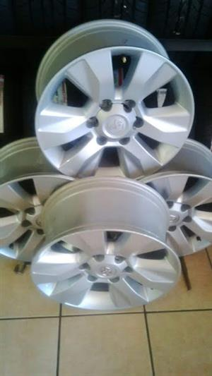 17''  Toyota Hilux mags at only R 4499