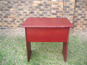 Sturdy small desk