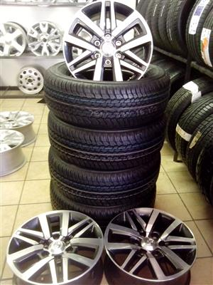 Toyota hilux/Fortuner 18 inch with 265/60/18 new Dunlop tyres R13999 set.