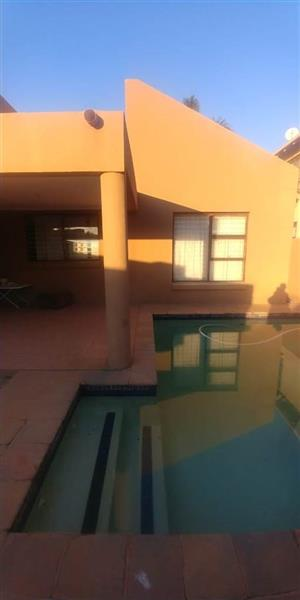 Northriding  - 3 bedrooms 2 bathrooms cluster house available with a pool R12500