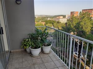 Bargain upmarket apartment with stunning views