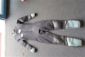 Size Medium Zero Thermalsuit